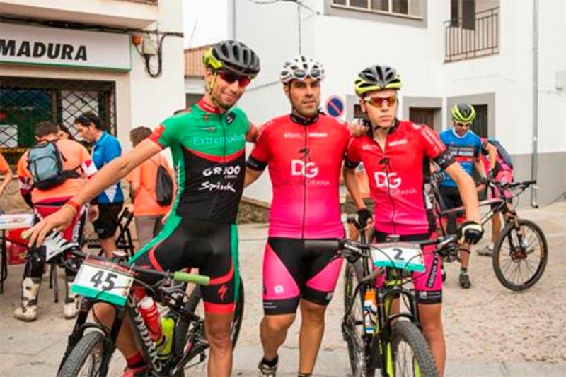 El ciclismo extremeño de luto por la muerte de Enrique Paniagua en Barrado